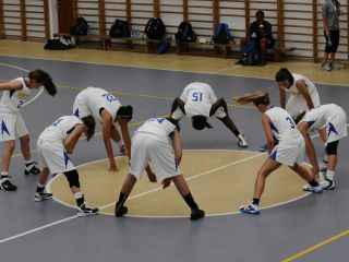 Sport Department - Maccabi Youth Games - worm up-